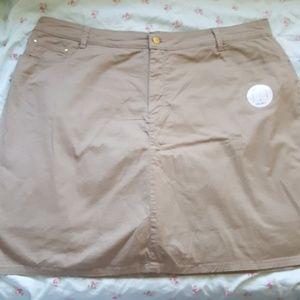 Croft & borrow brown tan skort 18W